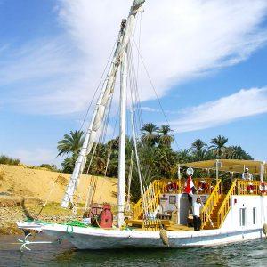 4 Days Dahabiya Nile River Cruise Aswan to Luxor