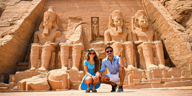 Egypt Holidays in April 2022
